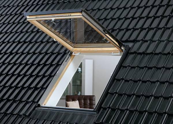 VELUX Wohn- und Ausstiegsfenster GTL