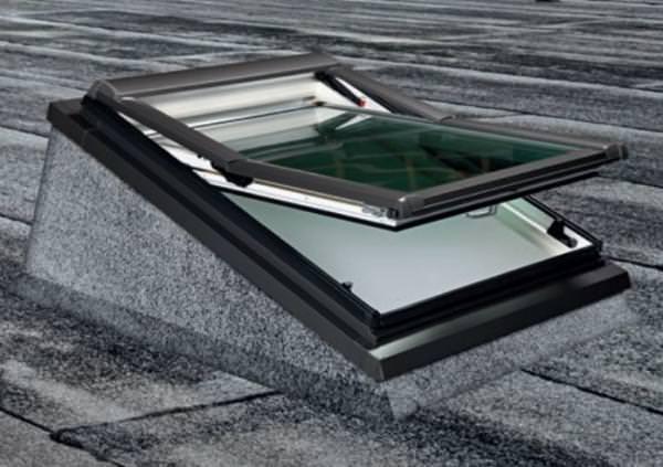 Roto Designo Einbaurahmen für Flachdachfenster Rx