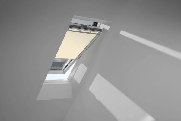 VELUX Vorteils-Set Verdunkelungsrollo mit Hitzeschutz für ältere Kunststofffenster DOU