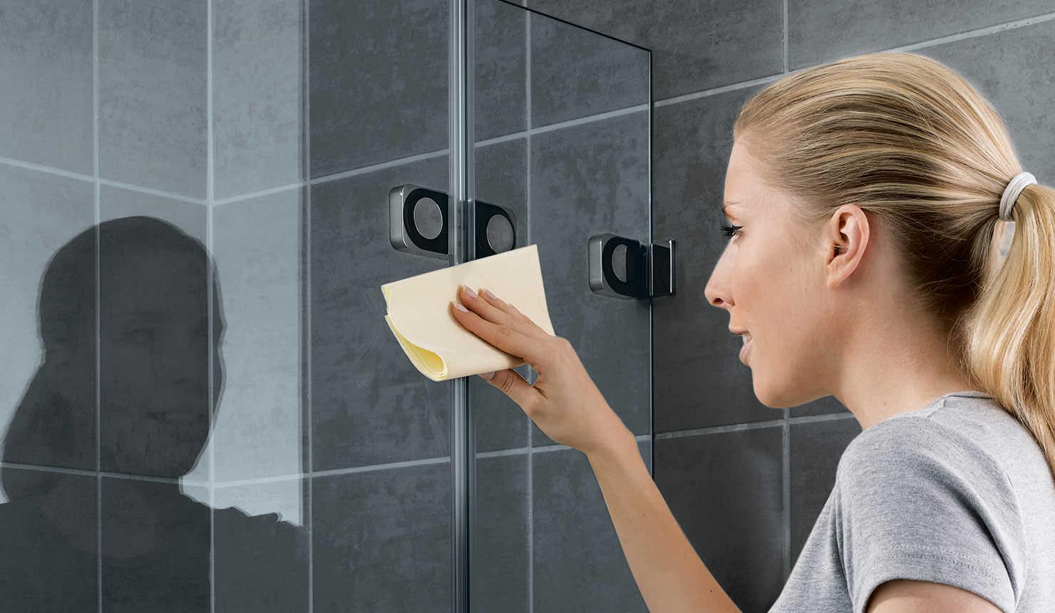 Duschkabine richtig reinigen – und lange Dusch-Freude