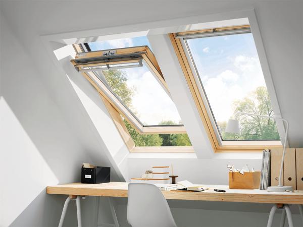 VELUX Dachfenster GGL 3070Q Holz Schwingfenster klar lackiert EINBRUCHSCHUTZ Aluminium