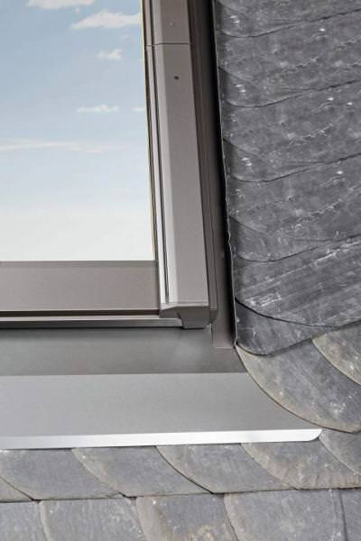 Roto Eindeckrahmen EDS ebene Ziegel 1x1 RotoQ Aluminium wärmegedämmt