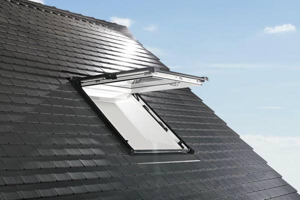 Roto Dachfenster WDF R89P Holz Designo R8 Klapp-Schwingfenster blueTec Plus Kupfer