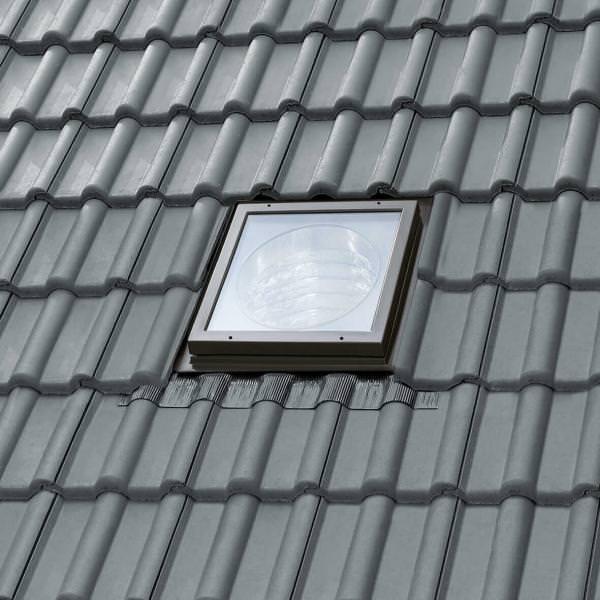 VELUX Tageslicht-Spot mit starrem Rohr u. 2 Kniegelenken, Länge 170 cm inkl. BFX u. BBX