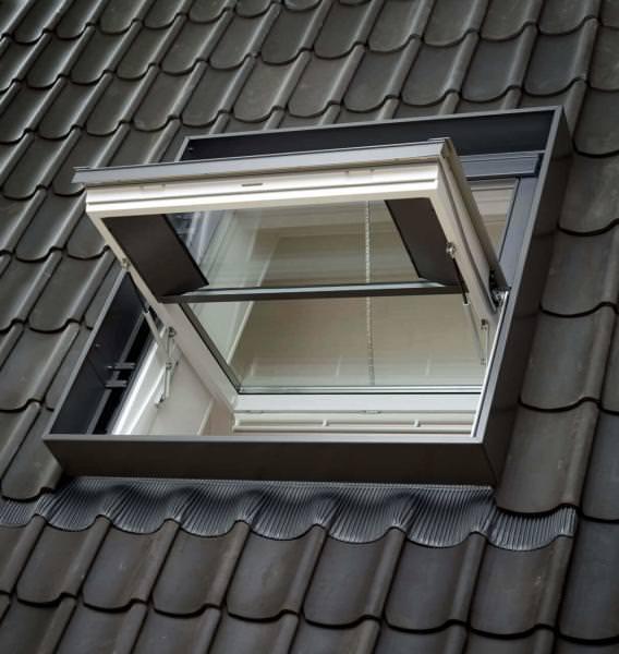 VELUX Rauch- und Wärmeabzugsfenster Schwingfenster Kunststoff GGU