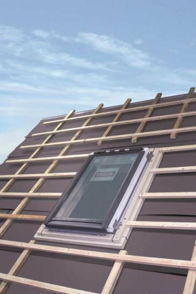VELUX Dämm- und Montagerahmen für harte Unterdächer BGX