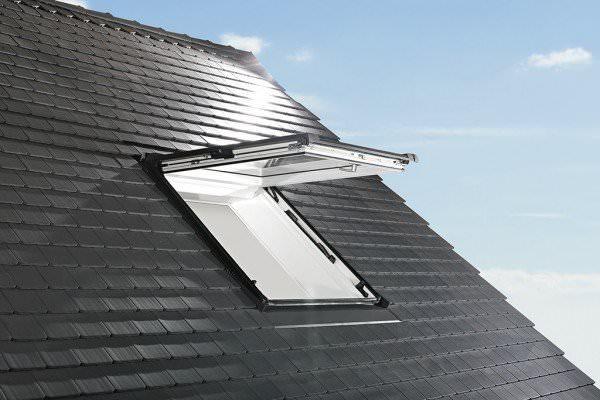 Roto Dachfenster WDF R88 Holz Designo R8 Klapp-Schwingfenster blueLine Plus Kupfer