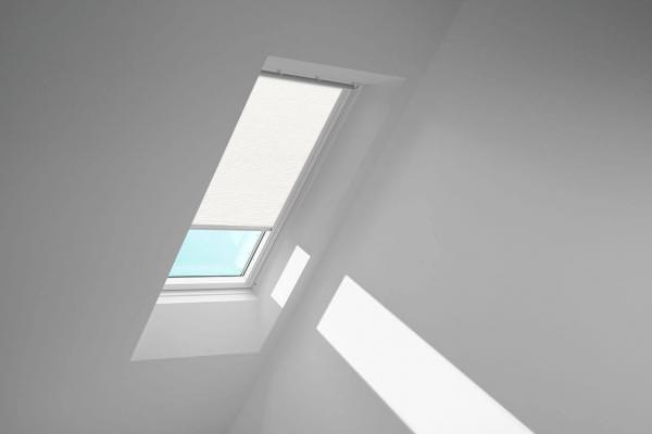 VELUX Standard-Sichtschutzrollo mit Führungsschienen