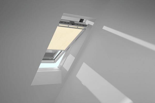 VELUX Vorteils-Set Sichtschutzrollo mit Hitzeschutzmarkise für ältere Kunststofffenster ROU