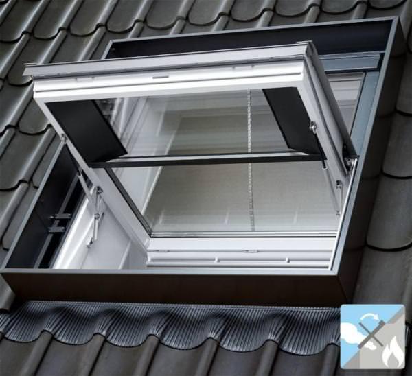 VELUX Dachfenster GGL SD00403 Holz Rauch-Wärmeabzugsfenster klar lackiert THERMO Aluminium