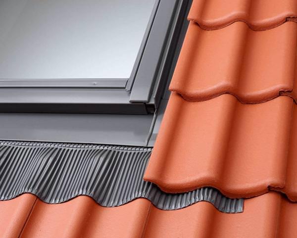 VELUX EDJ 2000 Aluminium Eindeckrahmen Ziegel für vertieften Einbau inkl. BDX Dämm- und Anschlussset